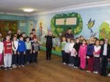 Урочиста лінійка в київській школі №186